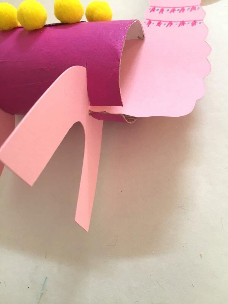 DIY papel higiénico llamas 13