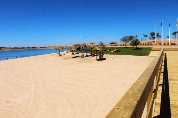 praia-fluvial-mourao - passadiço de madeira