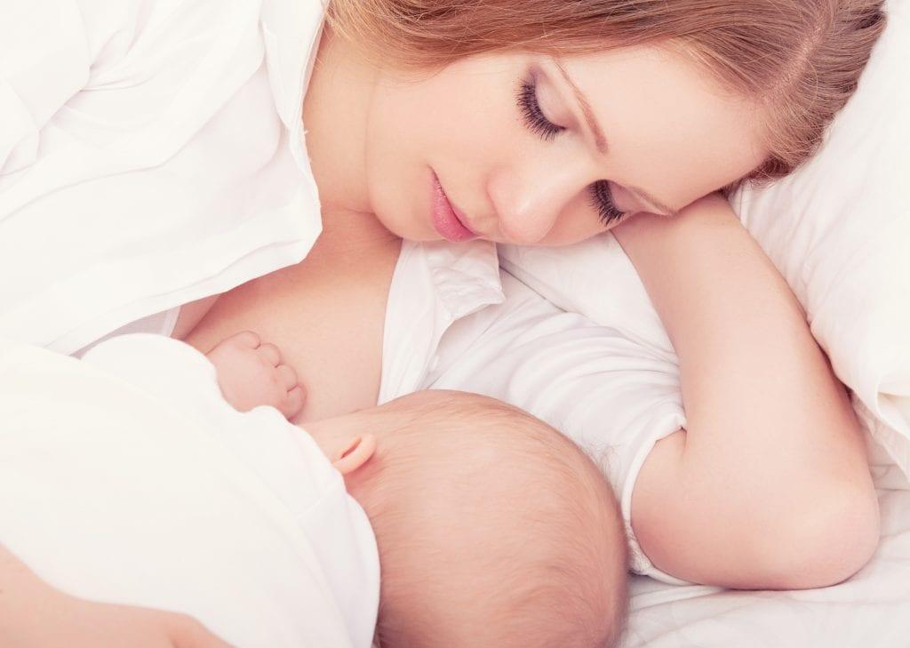 como produzir mais leite materno