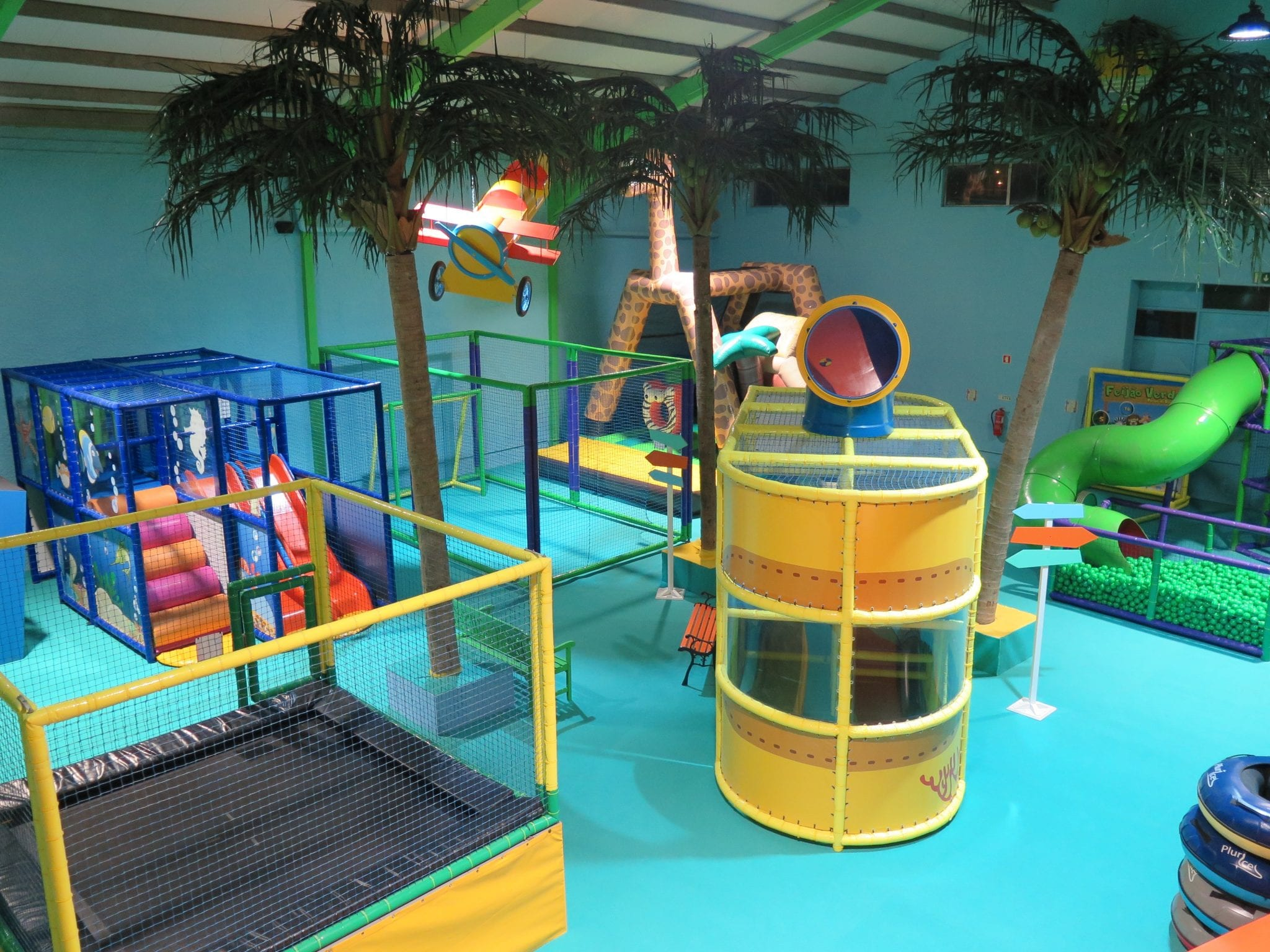 Feijão Verde Fun Park Aveiro Equipamentos