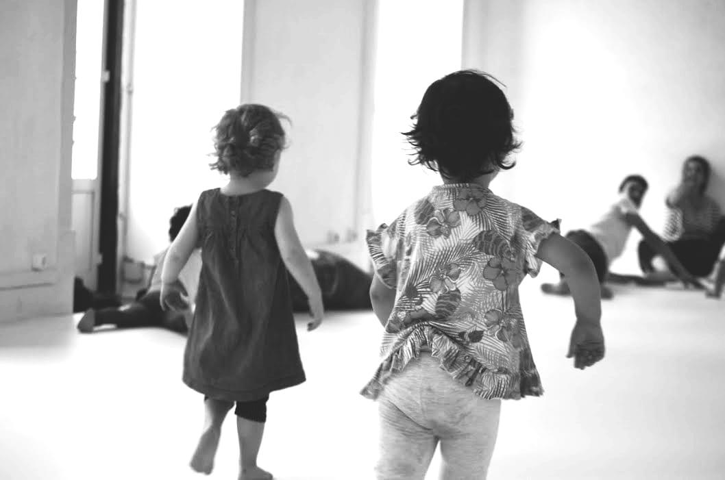 Baileia – corpo, som e movimento – 2 aos 5 anos