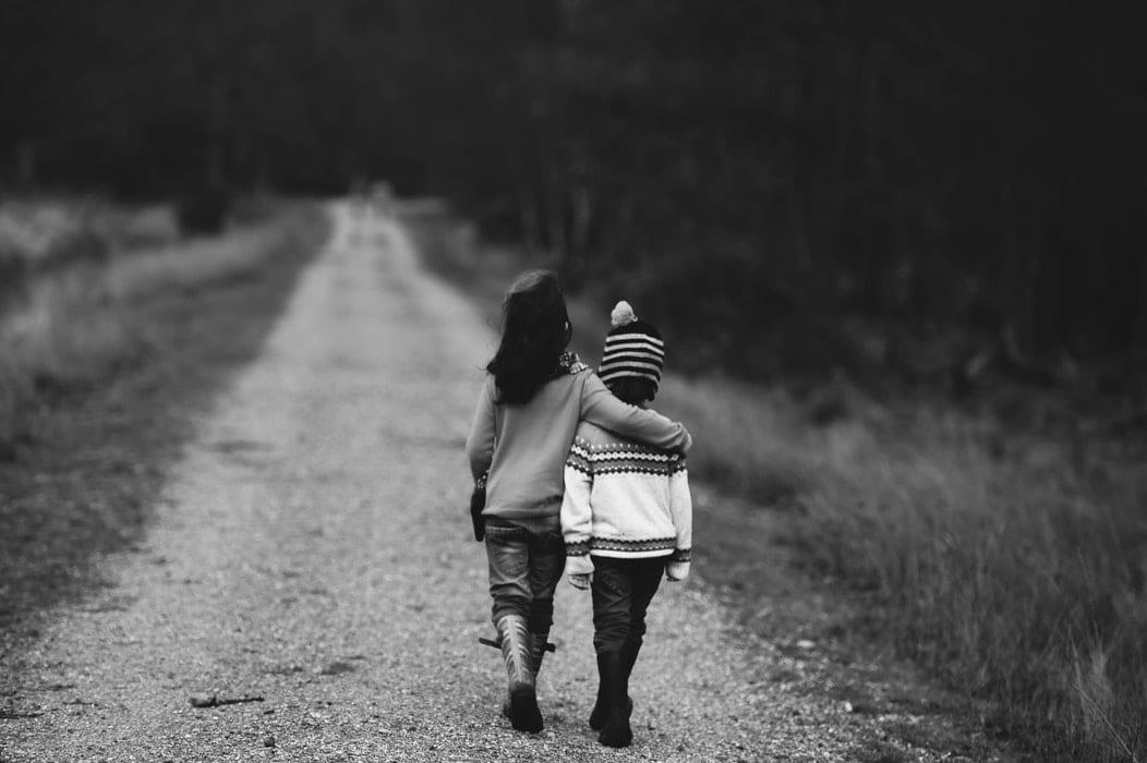 como criar crianças gentis - Foto Annie Spratt Unsplash