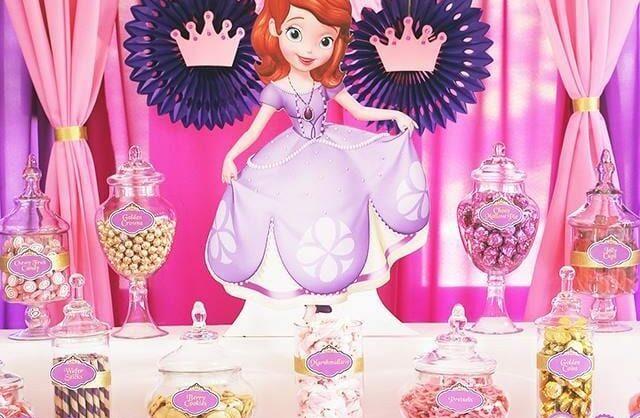 Princesinhas, aqui têm a festa indicada para vocês!
