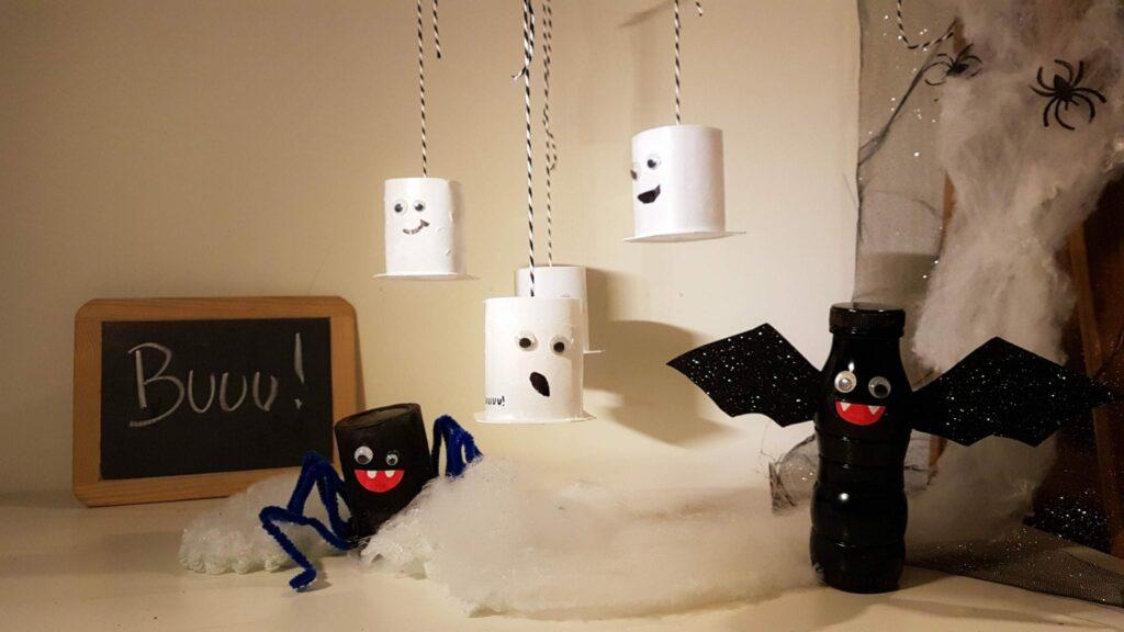 trabalhos manuais decorações de Halloween com embalagens de iogurtee halloween aranha morcego fantasmas