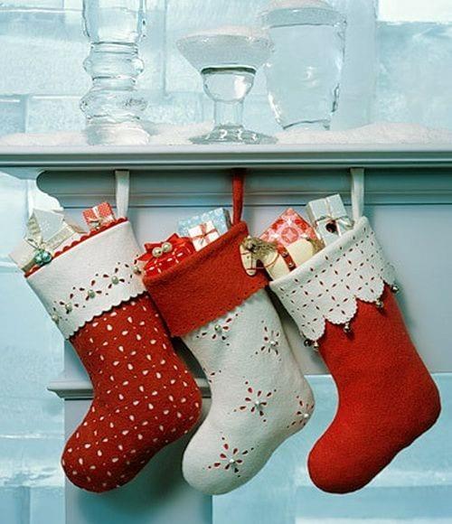 tradições de natal em portugal - foto pinterest - meias de natal