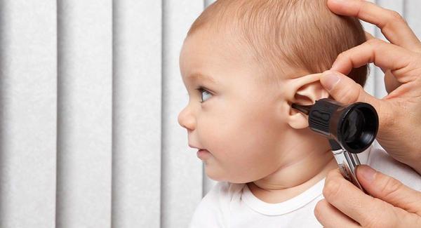 dores nos ouvidos - Foto Baby Center