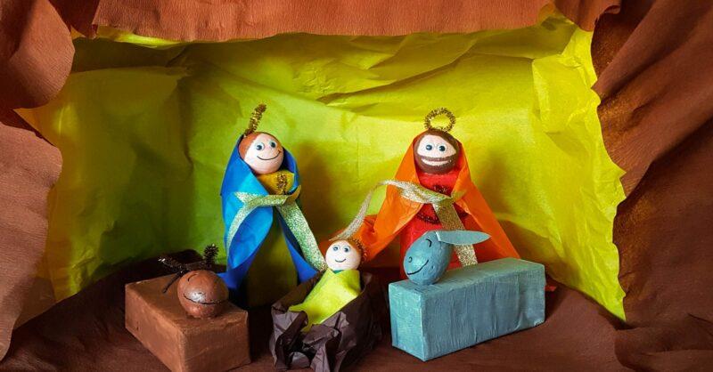 Presépio reciclado: menino Jesus, Maria, José e os animais!