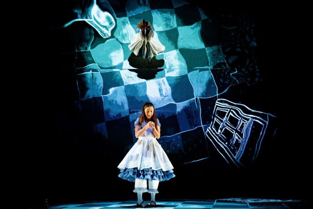 Alice no País das Maravilhas Teatro Nacional São João