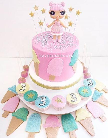 bolos personalizados have some sugar