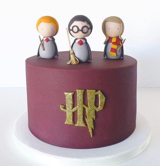 bolos personalizados peace of cake