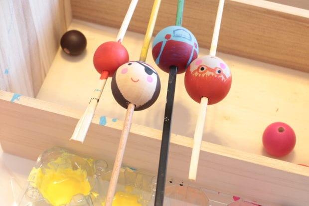 ideias-para-fazer-com-bolas-de-madeira-passo-a-passo