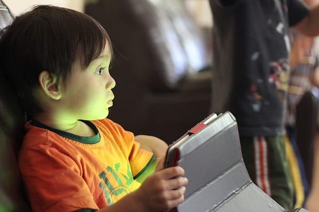 """Workshop """"O Dedinho Traquina – Como gerir o uso das tecnologias na infância"""""""