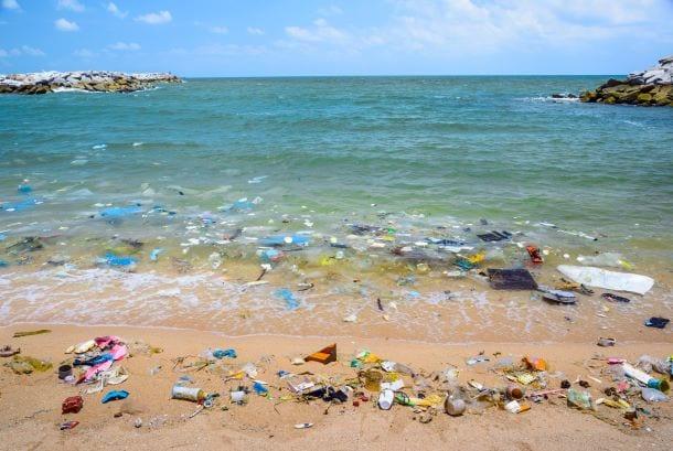 oceano poluido
