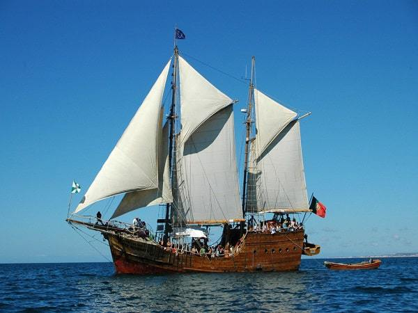 Navio Pirata Santa Bernarda