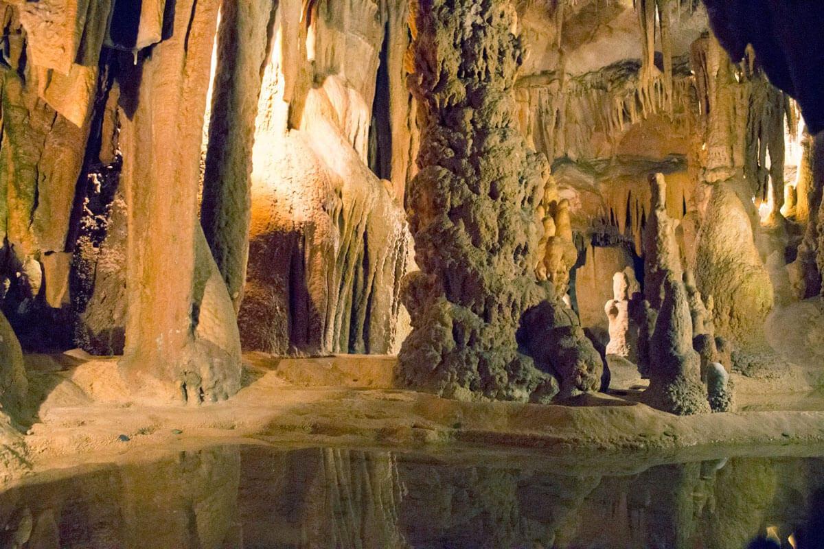 gruta de alvados