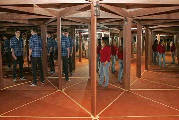labirinto de espelhos