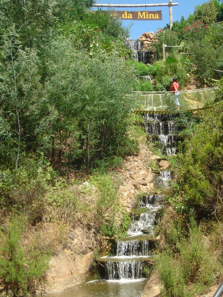 ponte suspensa cascata