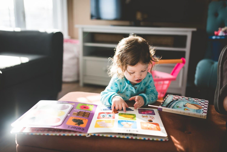 crianças-aprender-ler-1