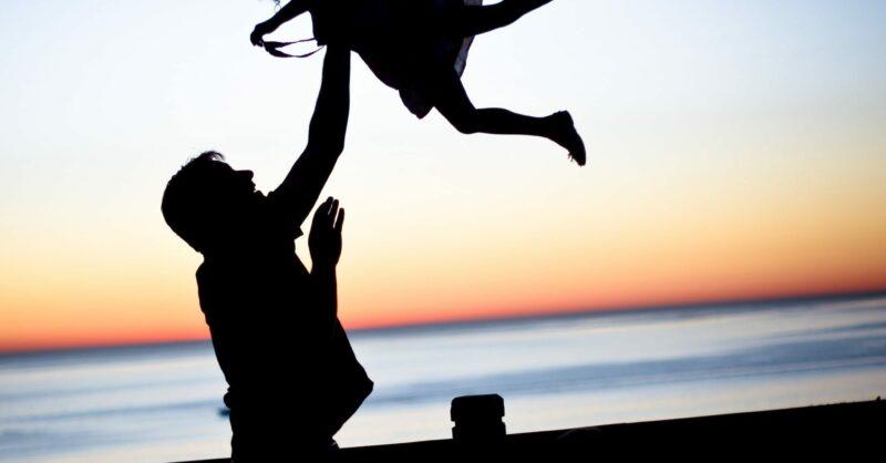 Como evitar que os pais (acidentalmente) magoem os filhos