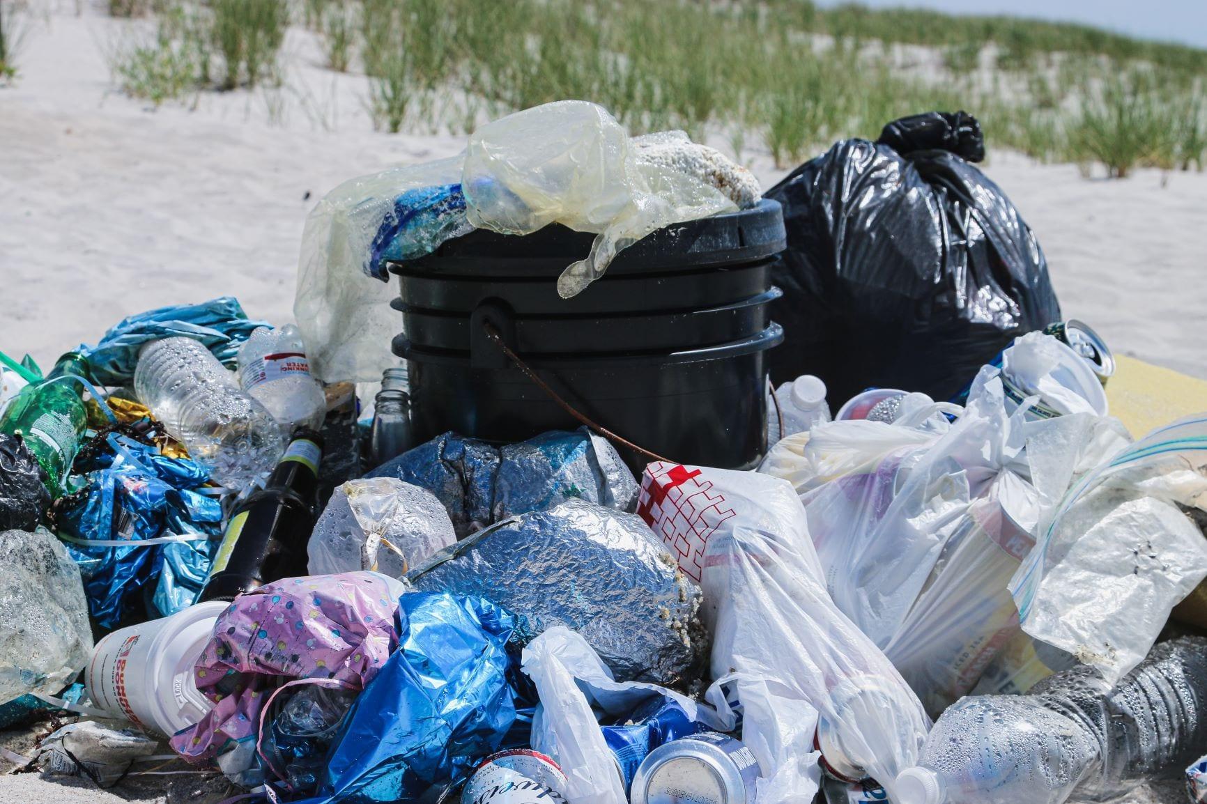 limpar praia