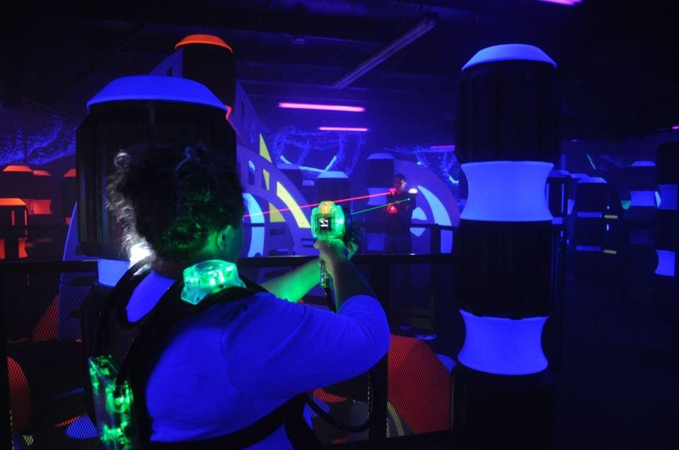login laser tag arena
