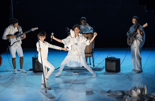 A Laura quer!: nova peça de teatro para Adolescentes