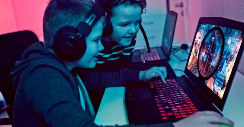 Como funciona a carreira de um gamer profissional?