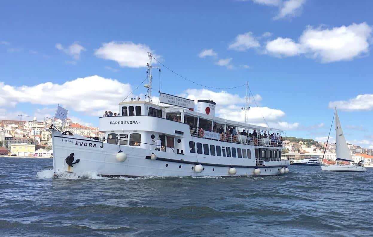 barco évora seaventy para escolas