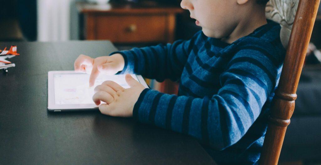 ler em suportes digitais facilitar