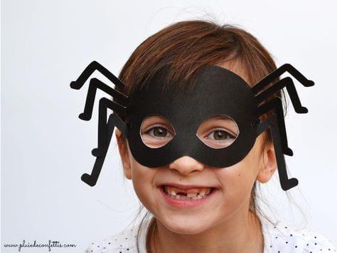 máscara de aranhas de halloween
