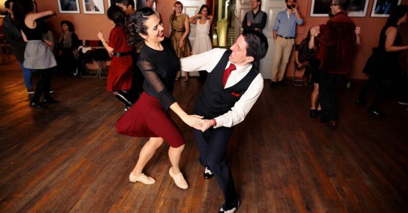 Os loucos anos…baile de danças vintage americanas