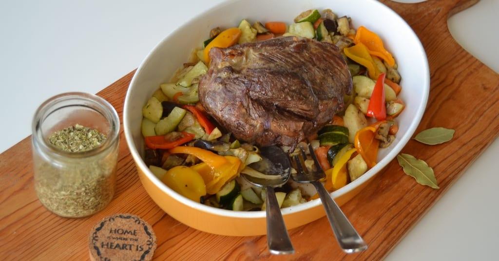 Carne assada no forno - empratamento