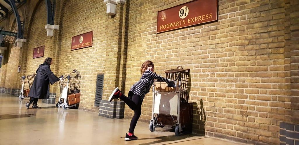 Plataforma 9 e 3/4 hogwarts express - Harry Potter Londres