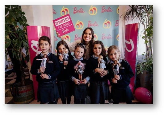 Barbie Podes Ser o Que Quiseres Escolas