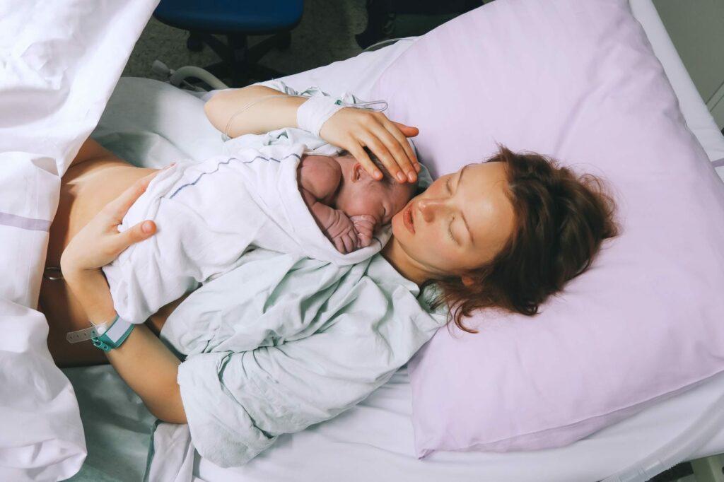 acontece durante o parto
