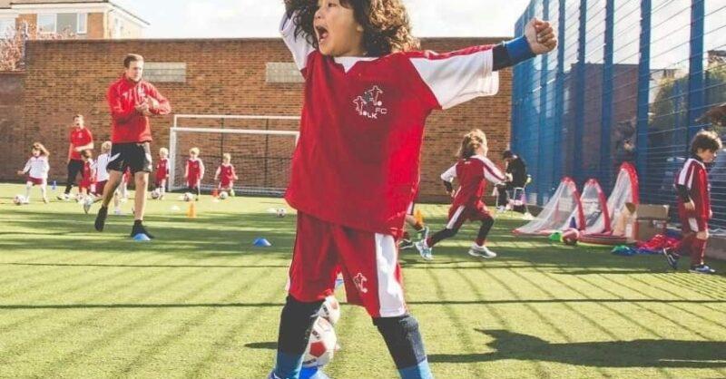 Little Kickers: futebol e inglês para os mais pequeninos!