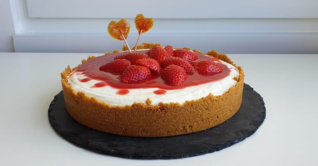 cheesecake de morango-com queijo tipo philadelphia sem gelatina