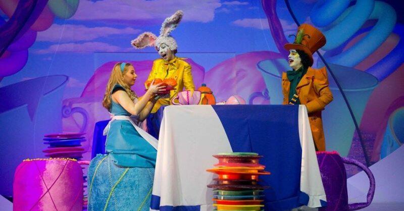 Alice e o País das Maravilhas no Gelo Online
