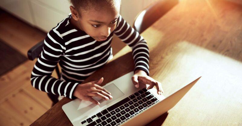 Como ajudar as crianças a estudar em casa!