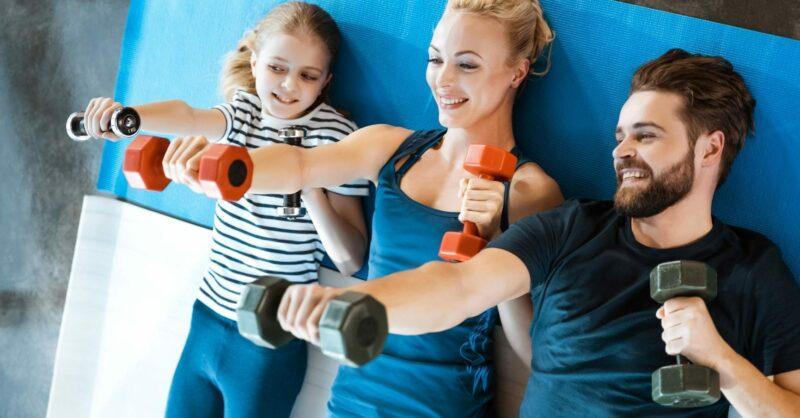 exercício em casa família