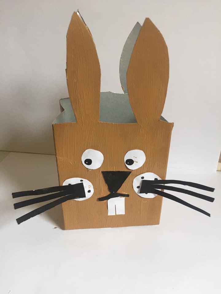 coelho de cartão
