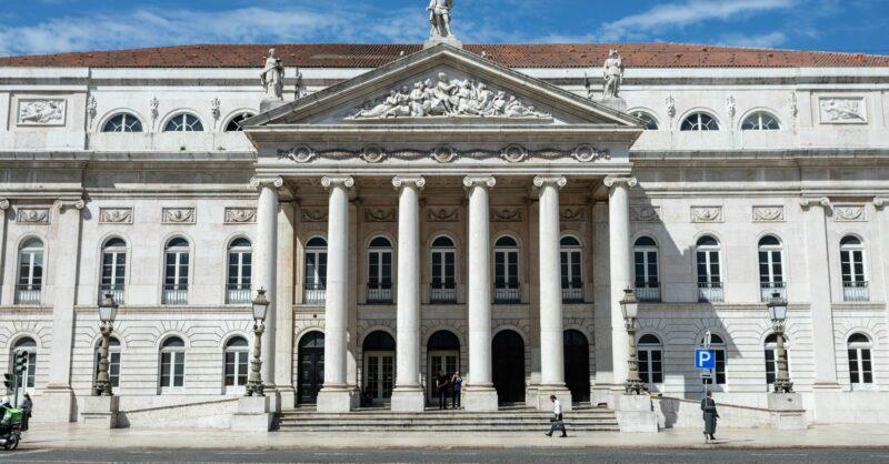 O Teatro D. Maria II reabre em setembro!