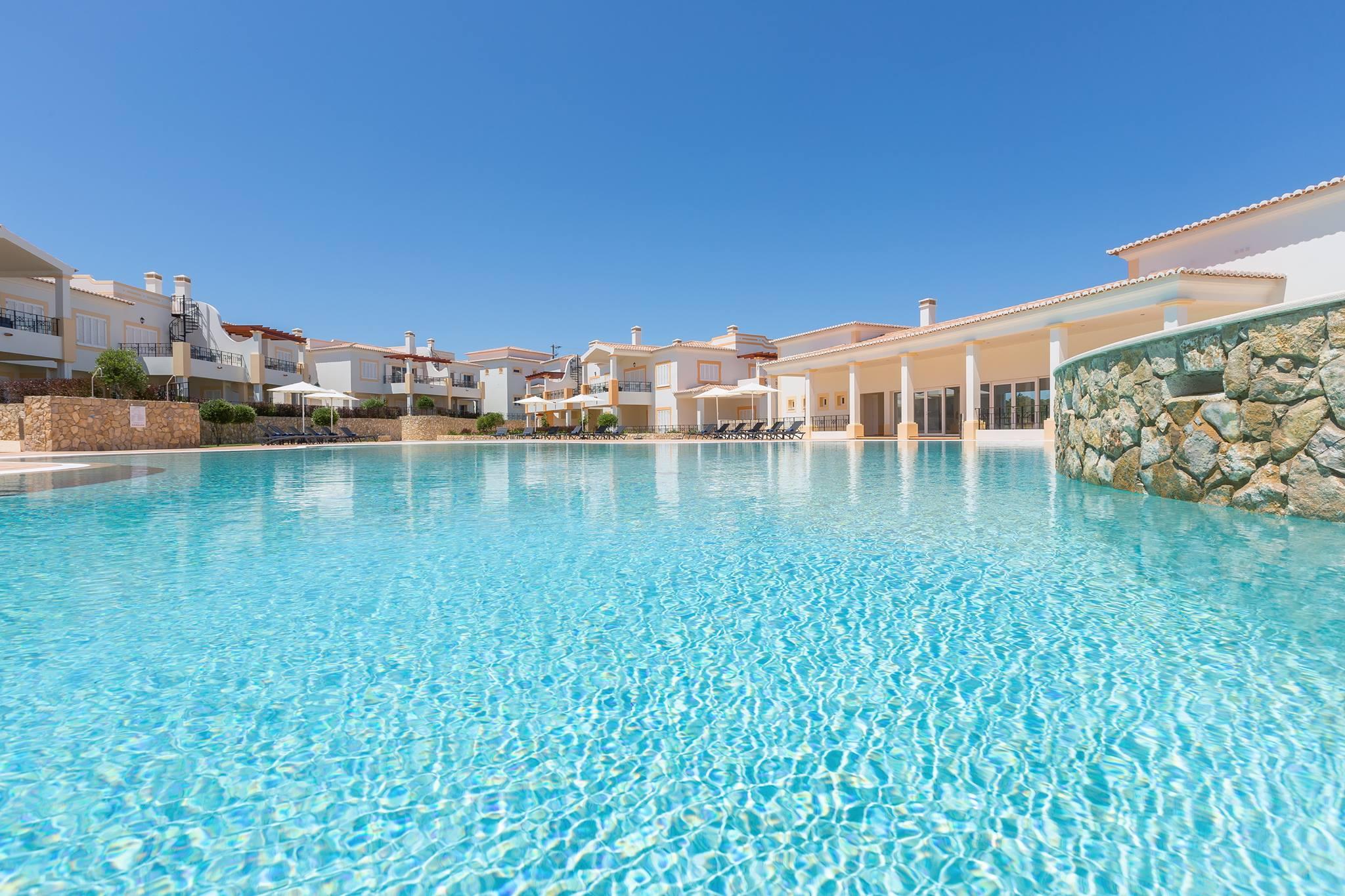 Passatempo NAU Hotels & Resorts Salema