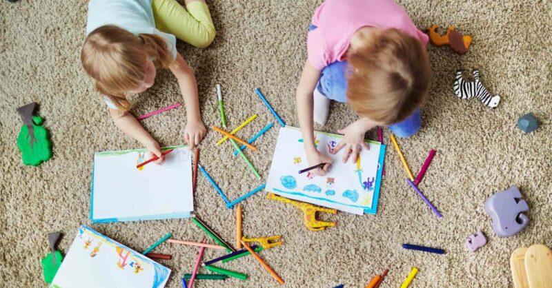 Desenhos para imprimir e colorir em família!