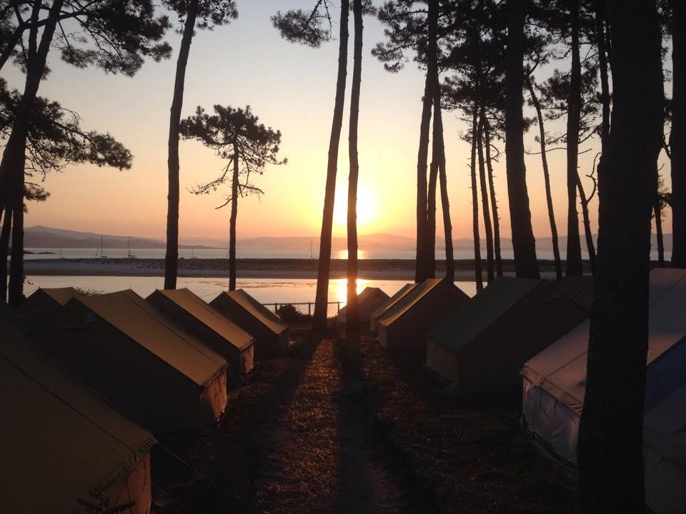 Camping Ilha Cíes. Fonte: Facebook Camping Islas Cíes