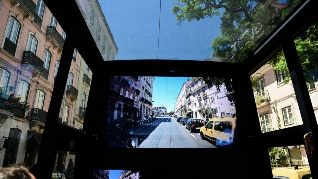 smart sightseeing - minibus interior ecran-1