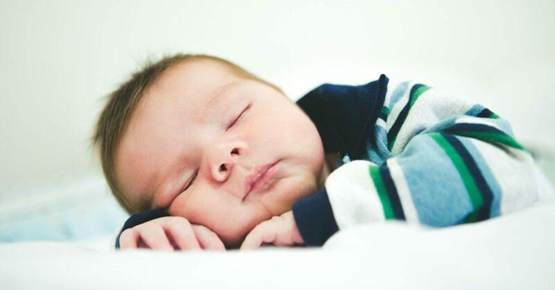 bebe adormecer sozinho