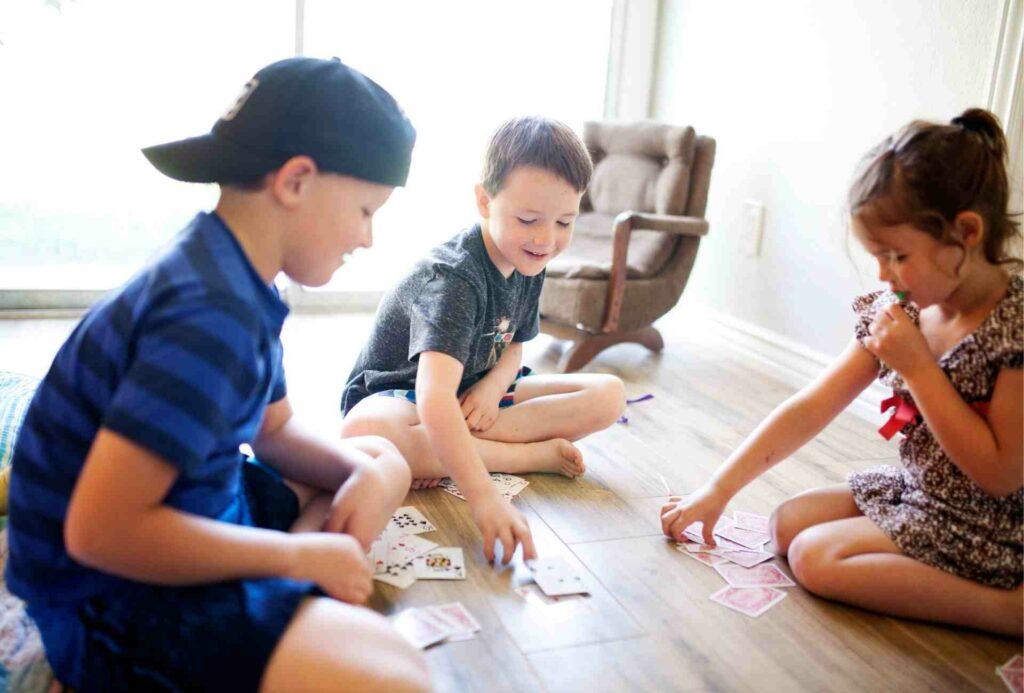 Jogar às Cartas com Crianças