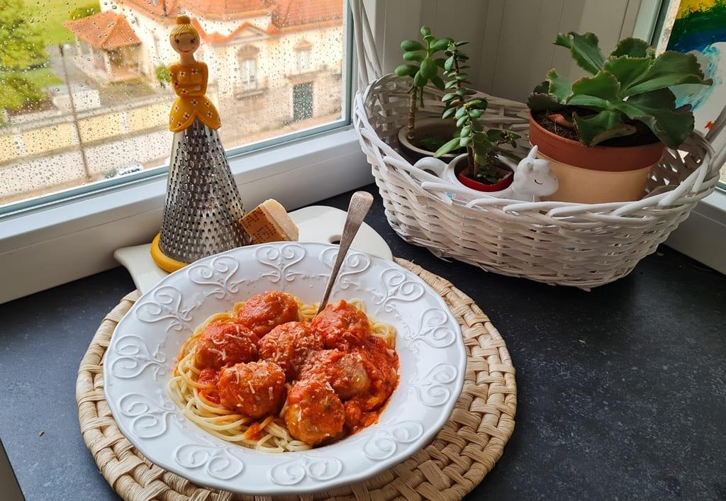 Almondegas com esparguete receita pumpkin