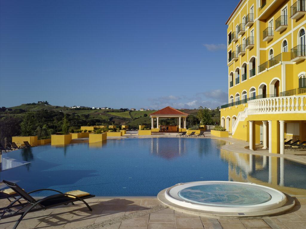 piscina exterior dolcecampo